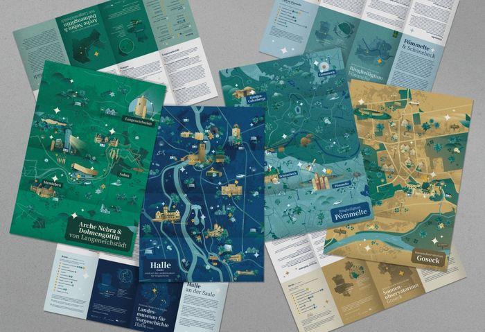 Mit vier Entdeckerkarten lassen sich die fünf Stationen der Himmelswege erkunden. © Landesamt für Denkmalpflege und Archäologie Sachsen-Anhalt.