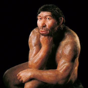 Der Denker hat seine Pose von der gleichnamigen Skulptur des Bildhauers Auguste Rodin entliehen. © Landesamt für Denkmalpflege und Archäologie Sachsen-Anhalt, Juraj Lipták.