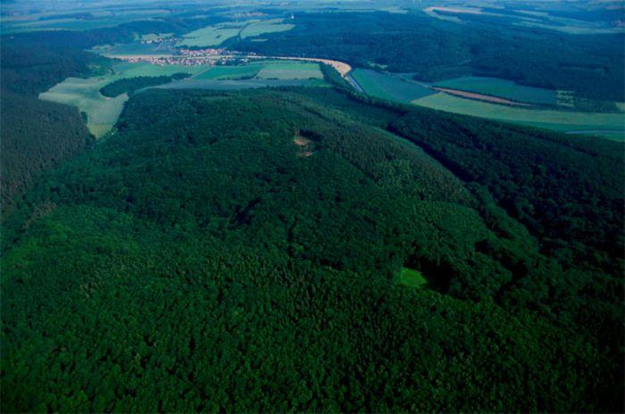 Der Mittelberg bei Nebra. © Landesamt für Denkmalpflege und Archäologie Sachsen-Anhalt.