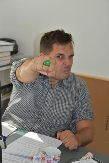 Am hellsten Tag, in finsterster Nacht entgeht nichts Böses meiner Wacht. Wer finsteren Mächten sich verspricht, der hüte sich vor Green Lanterns Licht! © Landesamt für Denkmalpflege und Archäologie Sachsen-Anhalt.